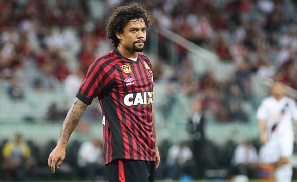 Leicester ne répond pas pour Nampalys Mendy, donc négociations et possible accord pour Otávio !