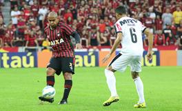 Walter fez o gol da vit�ria [foto: FURACAO.COM/Joka Madruga]